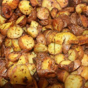 Запечённый картофель —  так просто и так вкусно…