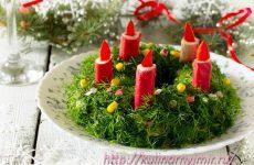 Вкусный и по Новогоднему красивый — салатик из крабовых палочек с кукурузой и рисом!