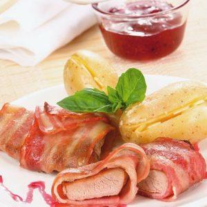 Мясо в беконе с картофелем — сочное…ароматное…вкусное… и интересное блюдо!