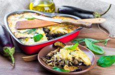 Четыре сытных и вкуснейших рецепта запеканок из баклажанов — ароматно и очень вкусно!