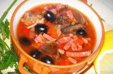 Вкуснейшая солянка по-сибирски с грибами — красиво и аппетитно!