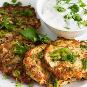 Капустные оладушки на кефире — простой и вкусный рецептик!
