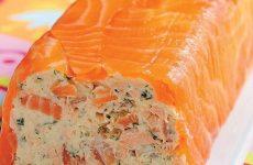 Рулет из творожного сыра и копченого лосося — рецепт на все случаи жизни!