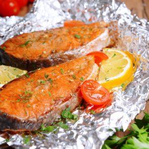 Красная рыба запеченная в фольге — вкусное и полезное блюдо!