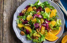 Салат с апельсинами и орехами — цитрусовое наслаждение!