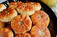 Классические беляши — вкусные, сочные, аппетитные, невозможно их не захотеть!