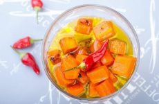 Острая морковь в масле — идеальный гарнир к мясу или вкуснейшая самостоятельная закуска!