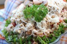 Салат «Алекс» — легко готовить, получается очень интересным и невероятно вкусным!
