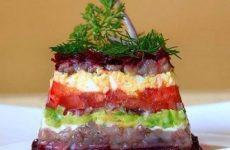 Салат с сельдью, свеклой и авокадо — замечательная альтернатива «селедке под шубой»!