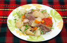 Говядина с овощами в горшочке — исключительный вкус!