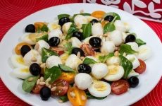 Салат «Милые крошки» — очаровательное украшение праздничного стола!