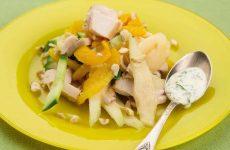 Салат с курицей и грушей — очень ароматный и вкусный салат!