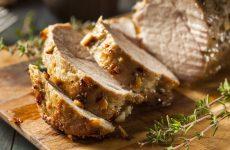 Сочная запеченная свинина — душистое, мягкое мясо буквально тает во рту!
