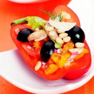 Салат в перце с помидорами, грибами и маслинами — красивый оригинальный салатик!