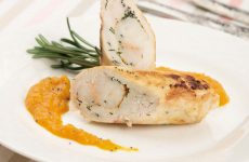 Куриные рулеты с креветками — удивят необычным вкусом!