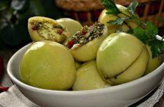 Маринованные зеленые помидоры — готовятся легко и быстро, но получается очень вкусно!