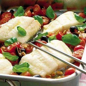 Запеченная рыба с овощами по-итальянски — нежнейшая рыбка, которая тает во рту!