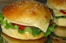 Гамбургеры по-домашнему — дешево и сердито!
