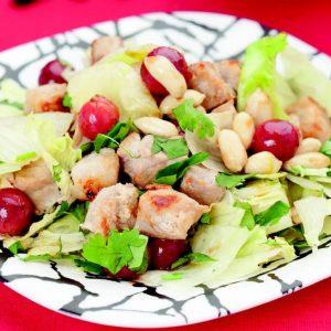 Салат из свинины с виноградом — необыкновенный салатик!