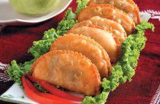 Самса по-казахски — одно из главных блюд!