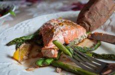Апельсиново-имбирный лосось в пергаменте — умопомрачительное блюдо!