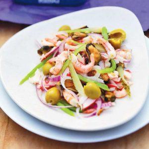 Коктейль из морепродуктов — оригинальный салатик!
