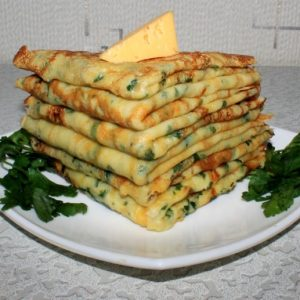 Cырные блинчики с петрушкой — новый вкус обычных блинов!