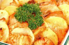 Картофель с лососем — полезное и вкусное блюдо!