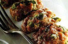 Котлеты с морской капустой — блюдо из советского сборника рецептур для общественного питания!