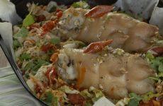 Айсбан, свиные ножки по-немецки — мягкое, нежное мясо с тонкой хрустящей корочкой, ароматное и аппетитное!