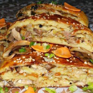 Картофельный рулет с курицей и грибами — замечательный рулет!