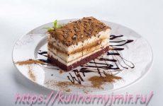Торт «Сметанный» — один из самых простых и любимых вариантов десерта!