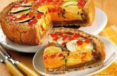 Пирог с цукини, сладким перцем и орехами — невероятно вкусный!