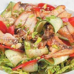 Салат из копченого угря — простота приготовления!