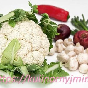 Салат из капусты с грибами — хрустящий и сочный!