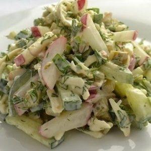 Сырный салат с редиской — легкий, вкусный и очень яркий салат!
